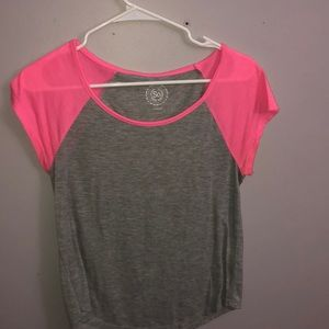 Grey and pink tee